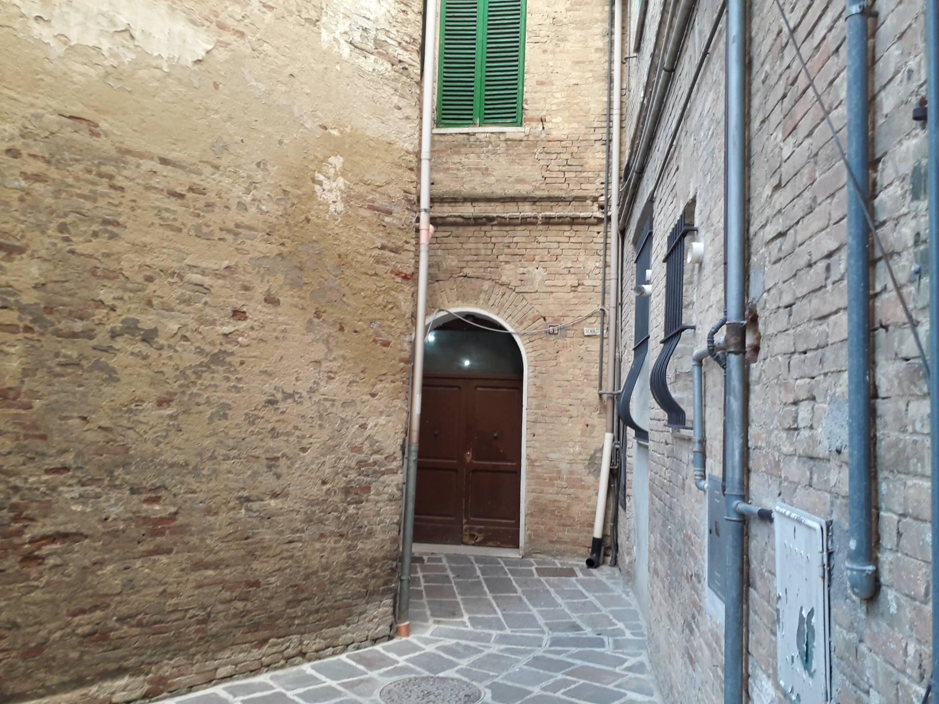 chieti vendita quart: centro storico immobiliare lattanzio e miccoli snc