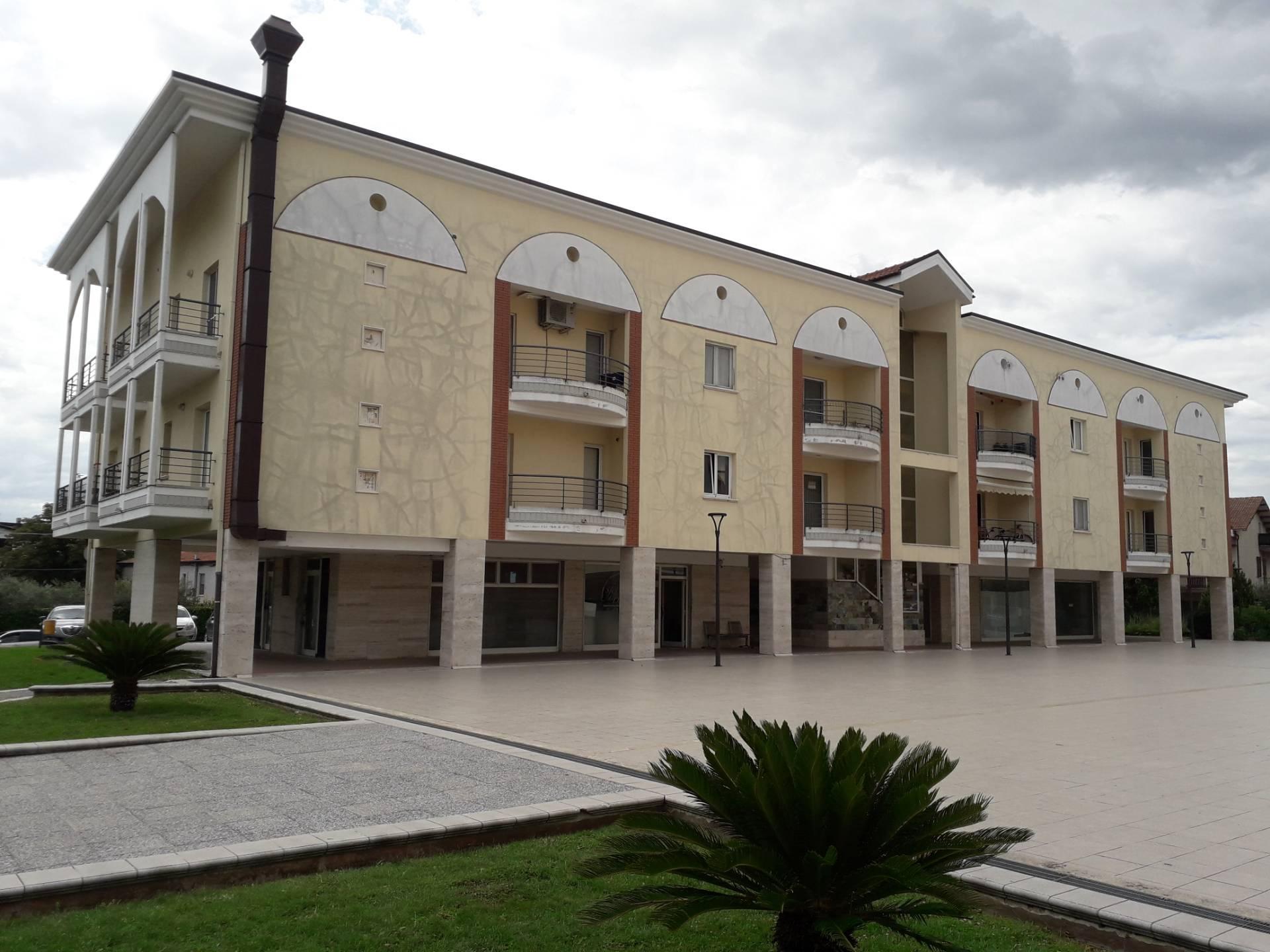 Appartamento in vendita a Cepagatti, 3 locali, prezzo € 65.000 | CambioCasa.it