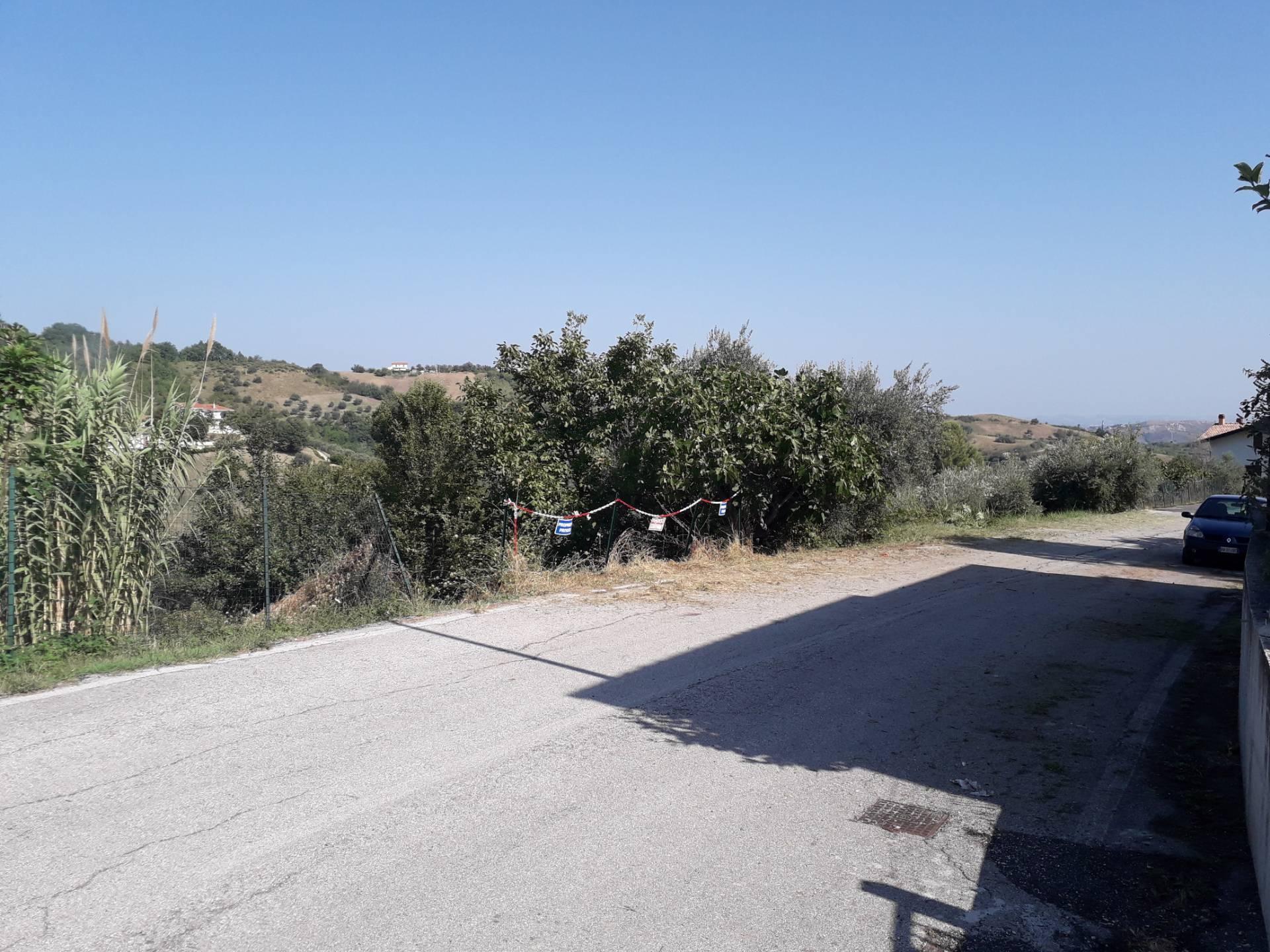 Terreno Agricolo in vendita a Serramonacesca, 9999 locali, prezzo € 28.000 | CambioCasa.it