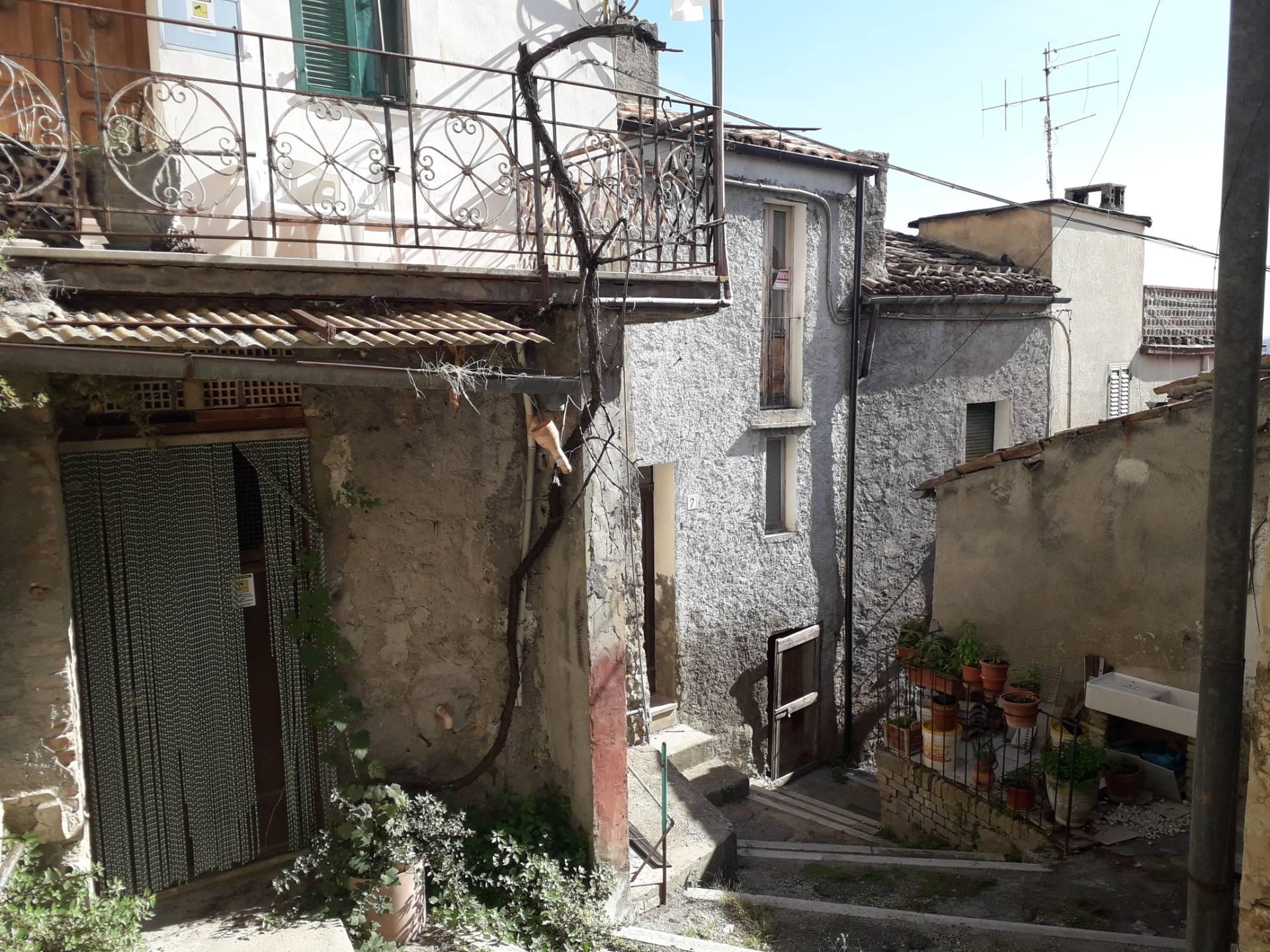 Altro in vendita a Bucchianico, 5 locali, prezzo € 18.000 | CambioCasa.it