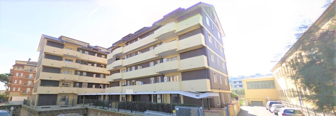 Appartamento in vendita a Francavilla al Mare, 4 locali, prezzo € 135.000 | CambioCasa.it