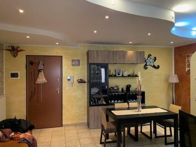 Appartamento in affitto a Manoppello, 5 locali, zona Località: ManoppelloScalo, prezzo € 450   CambioCasa.it
