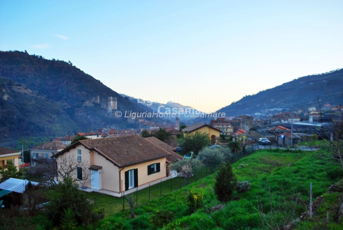 Villa in vendita a Dolceacqua, 5 locali, prezzo € 195.000 | Cambio Casa.it