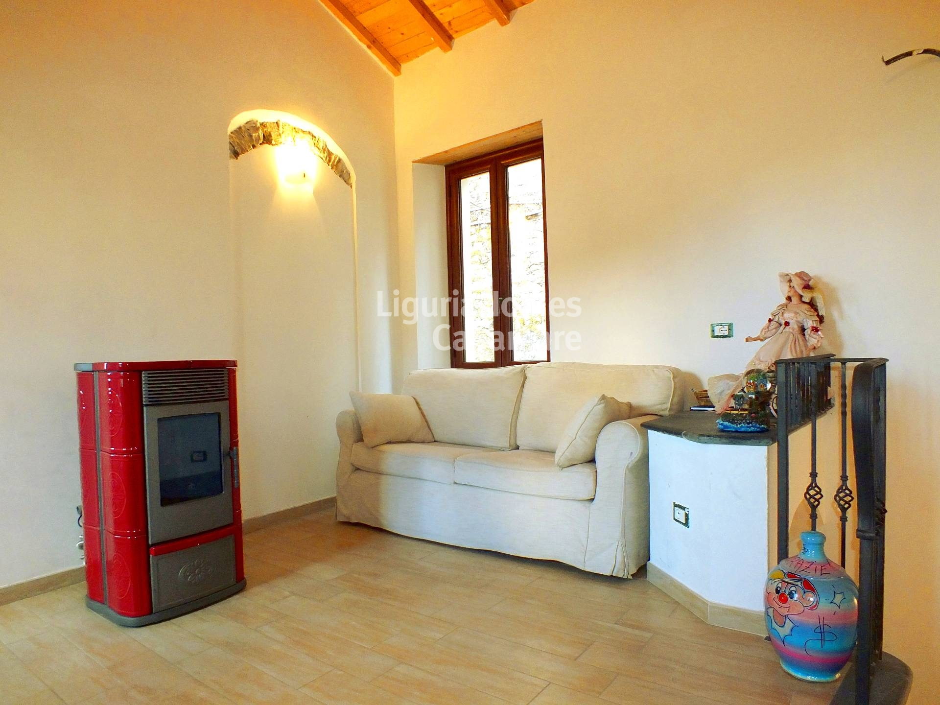 Appartamento in vendita a Pietrabruna, 4 locali, prezzo € 150.000 | Cambio Casa.it
