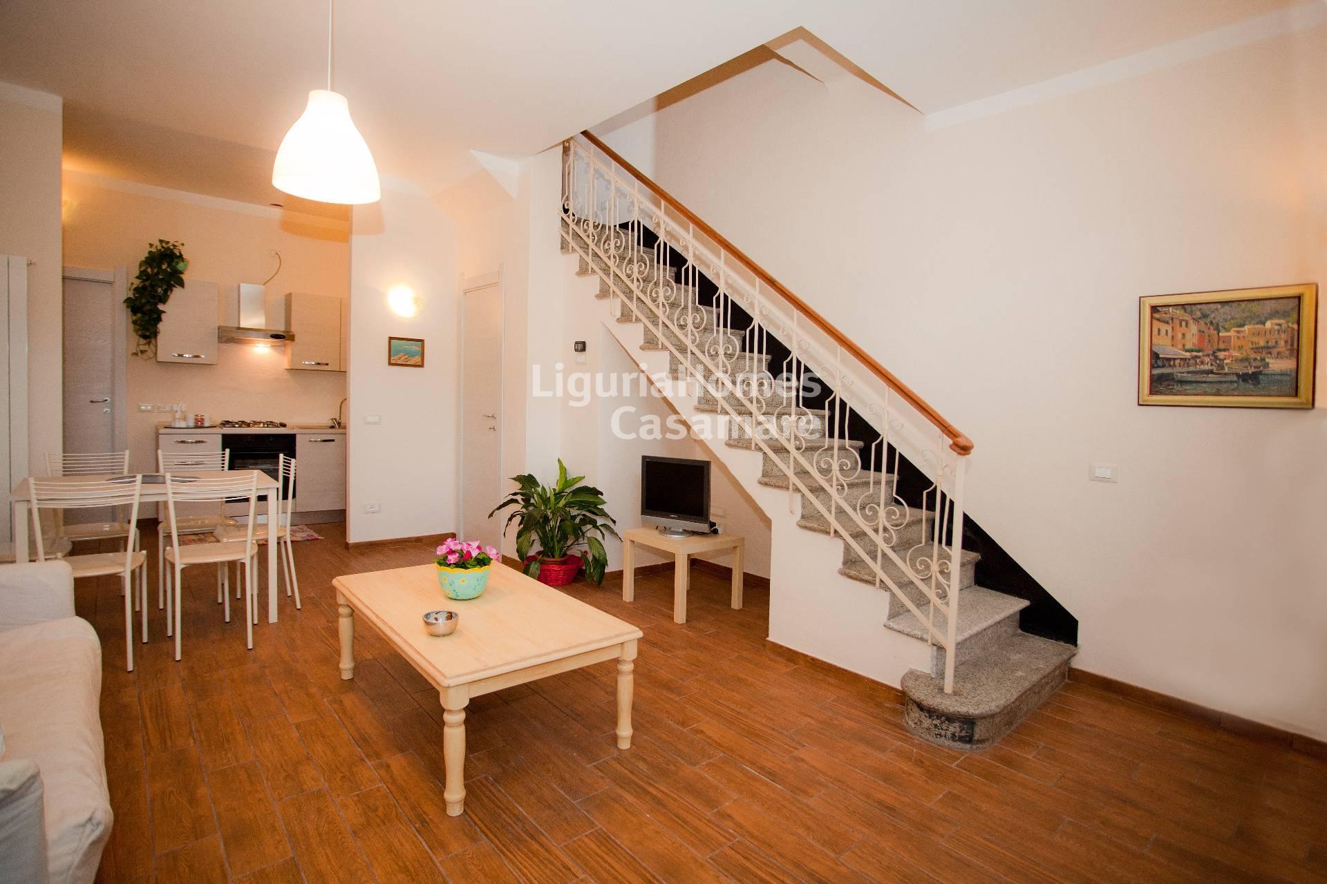 Appartamento in vendita a Albenga, 4 locali, prezzo € 270.000 | Cambio Casa.it