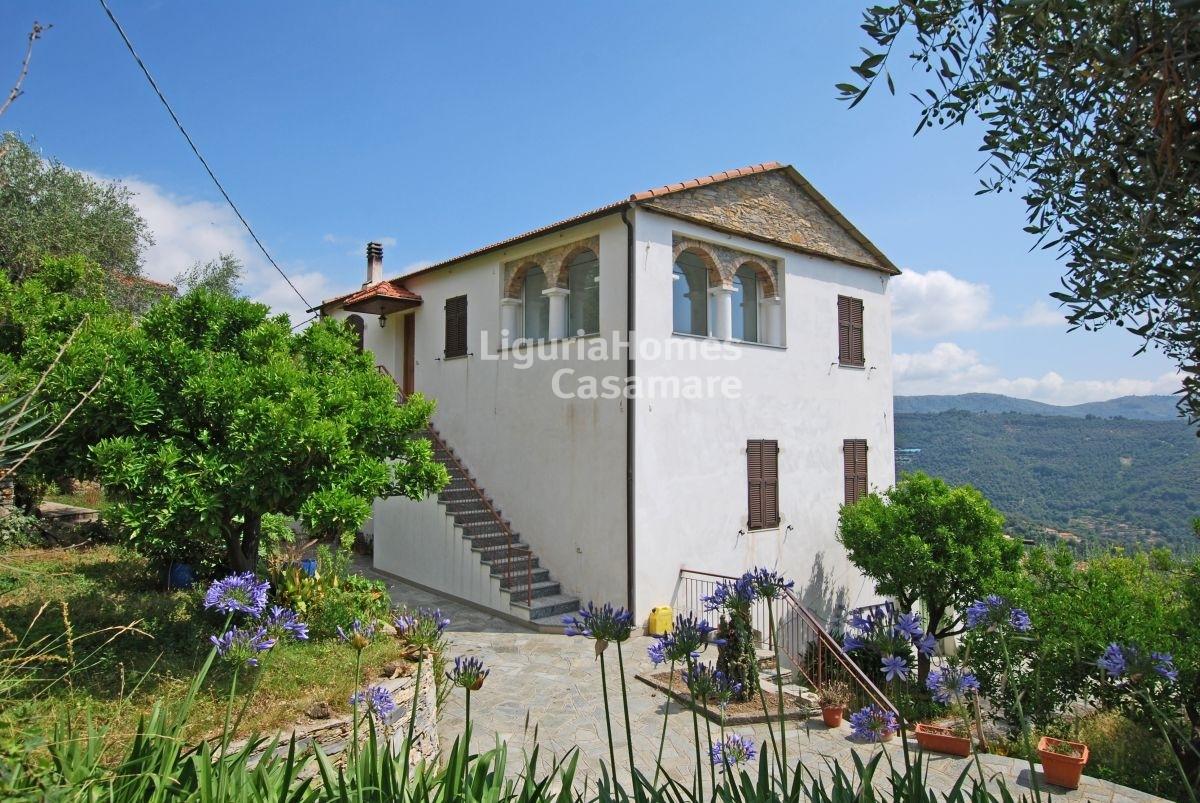in vendita in Italia Liguria, Dolcedo