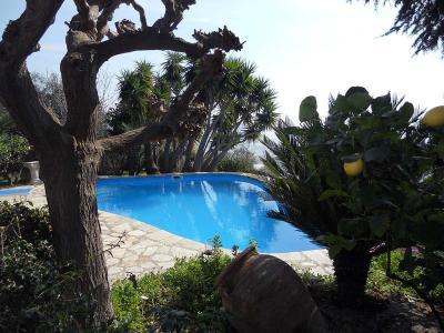 Villa in Vendita a Taggia