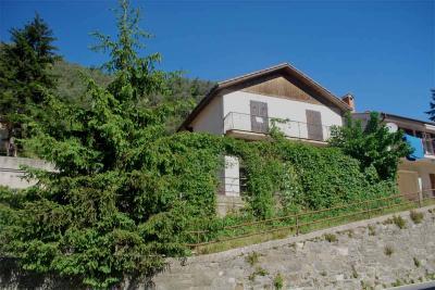 Villa for Sale in Pigna