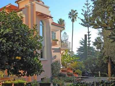 Villa in Vendita a Sanremo