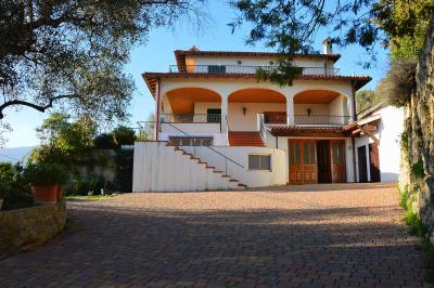Villa for Sale in Ventimiglia