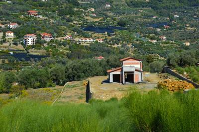 Villa for Sale in Vallebona