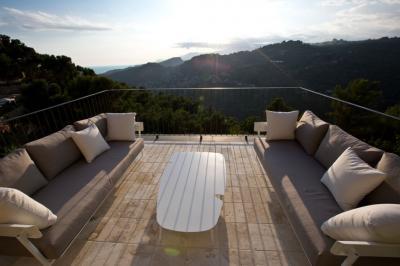 Villa in Vendita a Vallebona