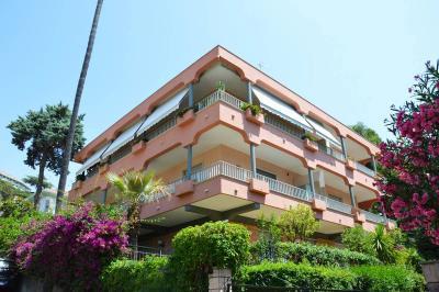 Apartment for Sale in Vallecrosia