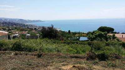 Land plot for Sale in Sanremo