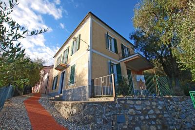 Villa for Sale in Villa Faraldi