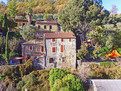 Villa in Vendita a San Bartolomeo al Mare