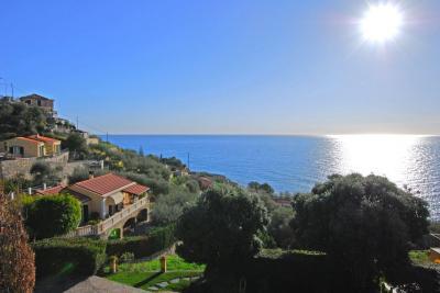 Villa in Vendita a Cipressa