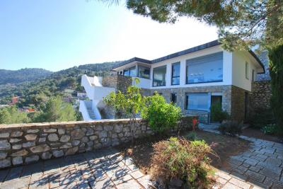 Villa for Sale in Laigueglia
