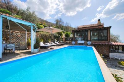 Villa for Sale in Vasia