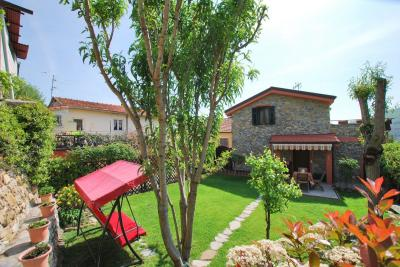 Villa for Sale in Pontedassio