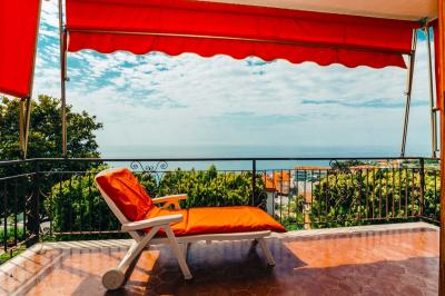 Apartment for Sale in Costarainera