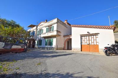 Villa en Vente  à Ospedaletti