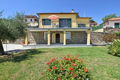 Villa en Vente  à Diano Marina
