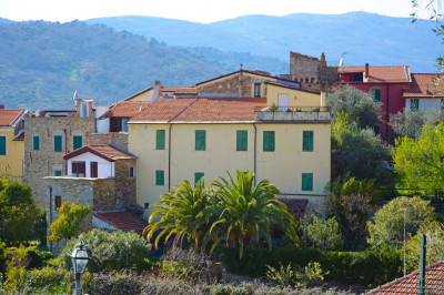 Villa for Sale in Civezza