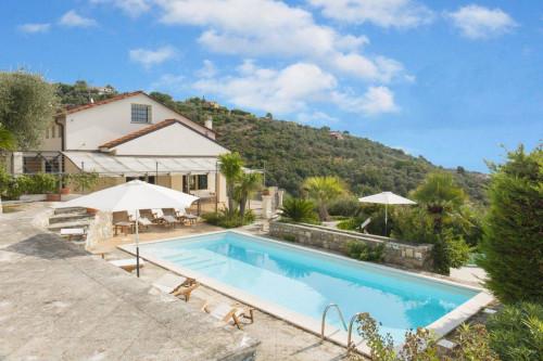 Villa for Sale in Imperia