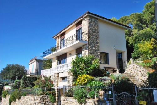 Villen/Häuser zum Kaufen in Andora