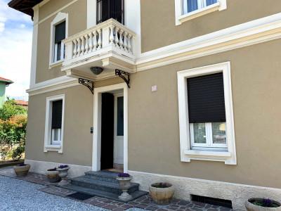 Quadrilocale in Vendita a San Zeno Naviglio