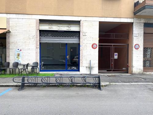 Negozio in Vendita a Brescia