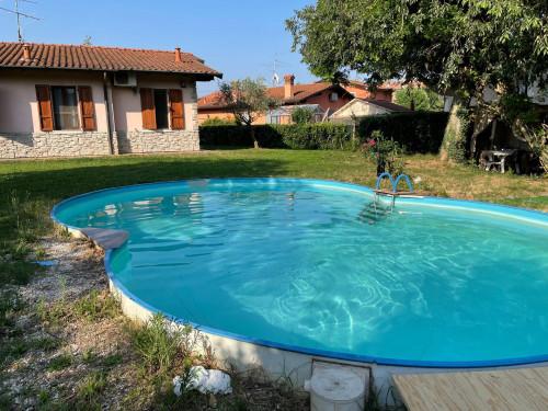 Villa bifamigliare in Vendita a Castegnato
