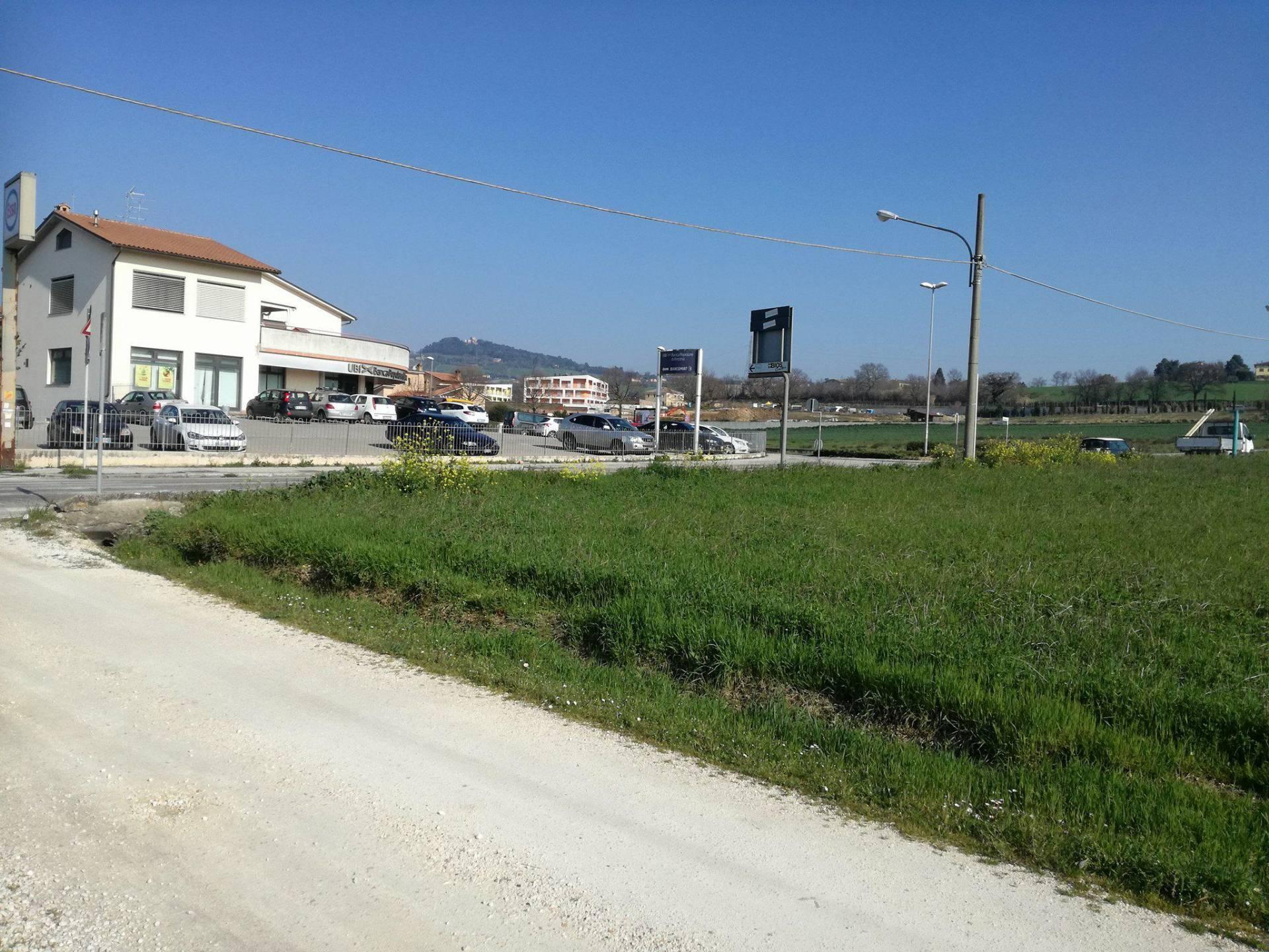 Terreno edificabile in vendita a Padiglione, Osimo (AN)