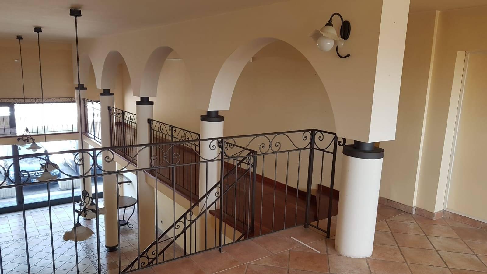 Fondo commerciale in affitto a Osimo (AN)