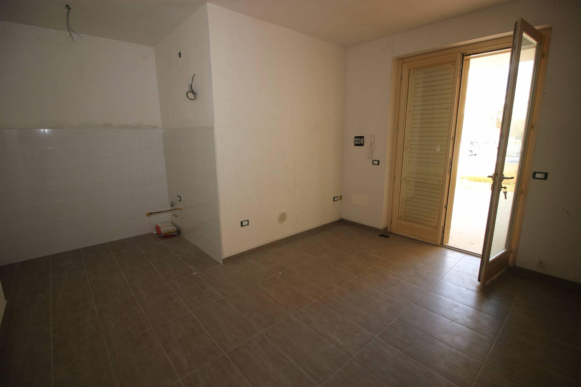 Appartamento in vendita a Alba Adriatica, 3 locali, zona Località: ZonaMare, prezzo € 125.000 | CambioCasa.it
