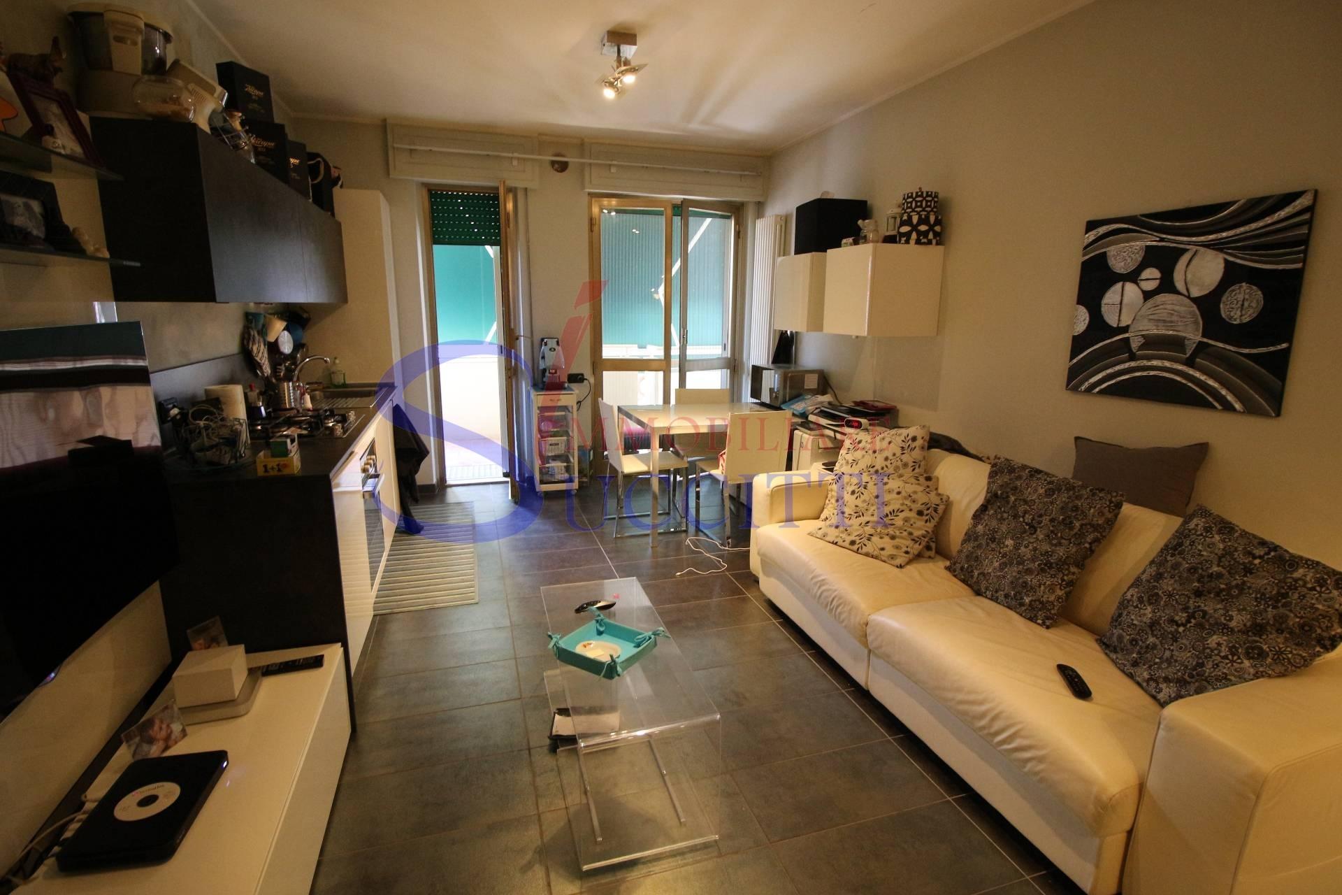 Appartamento in vendita a Alba Adriatica, 3 locali, prezzo € 160.000 | CambioCasa.it