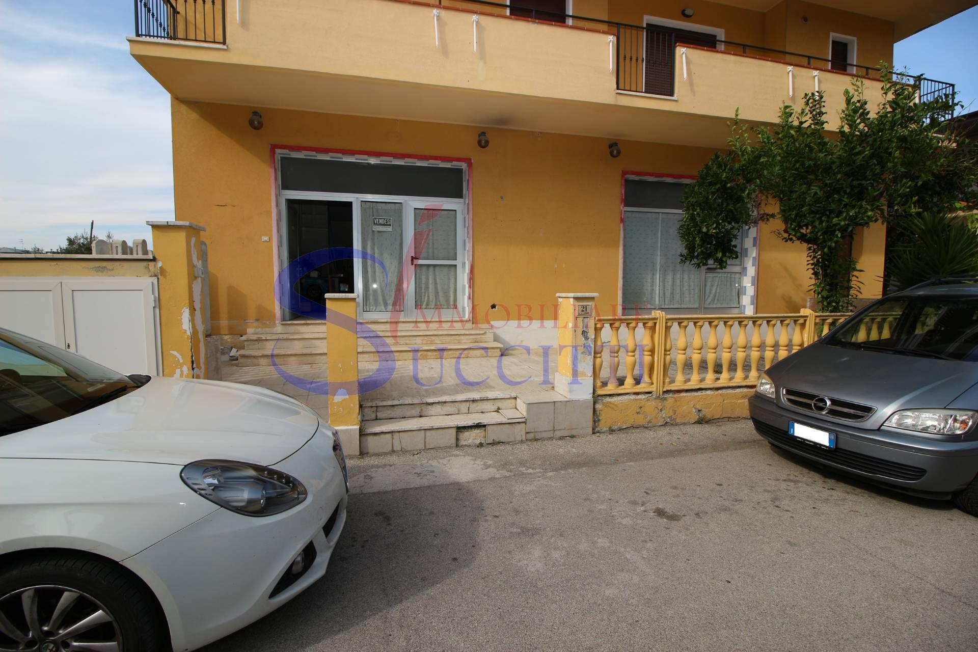 Appartamento in vendita a Alba Adriatica, 2 locali, zona Località: ZonaMare, prezzo € 135.000 | CambioCasa.it
