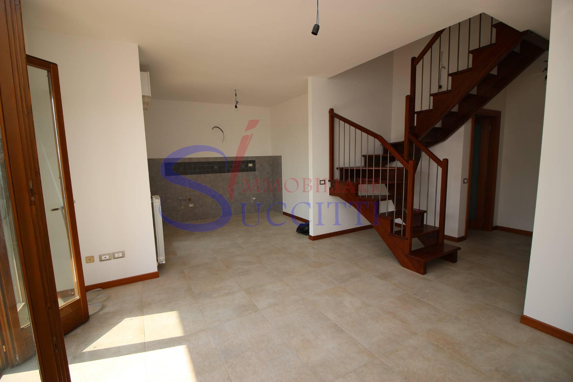 Appartamento in vendita a Tortoreto, 3 locali, zona Località: TortoretoAlta, prezzo € 155.000   PortaleAgenzieImmobiliari.it