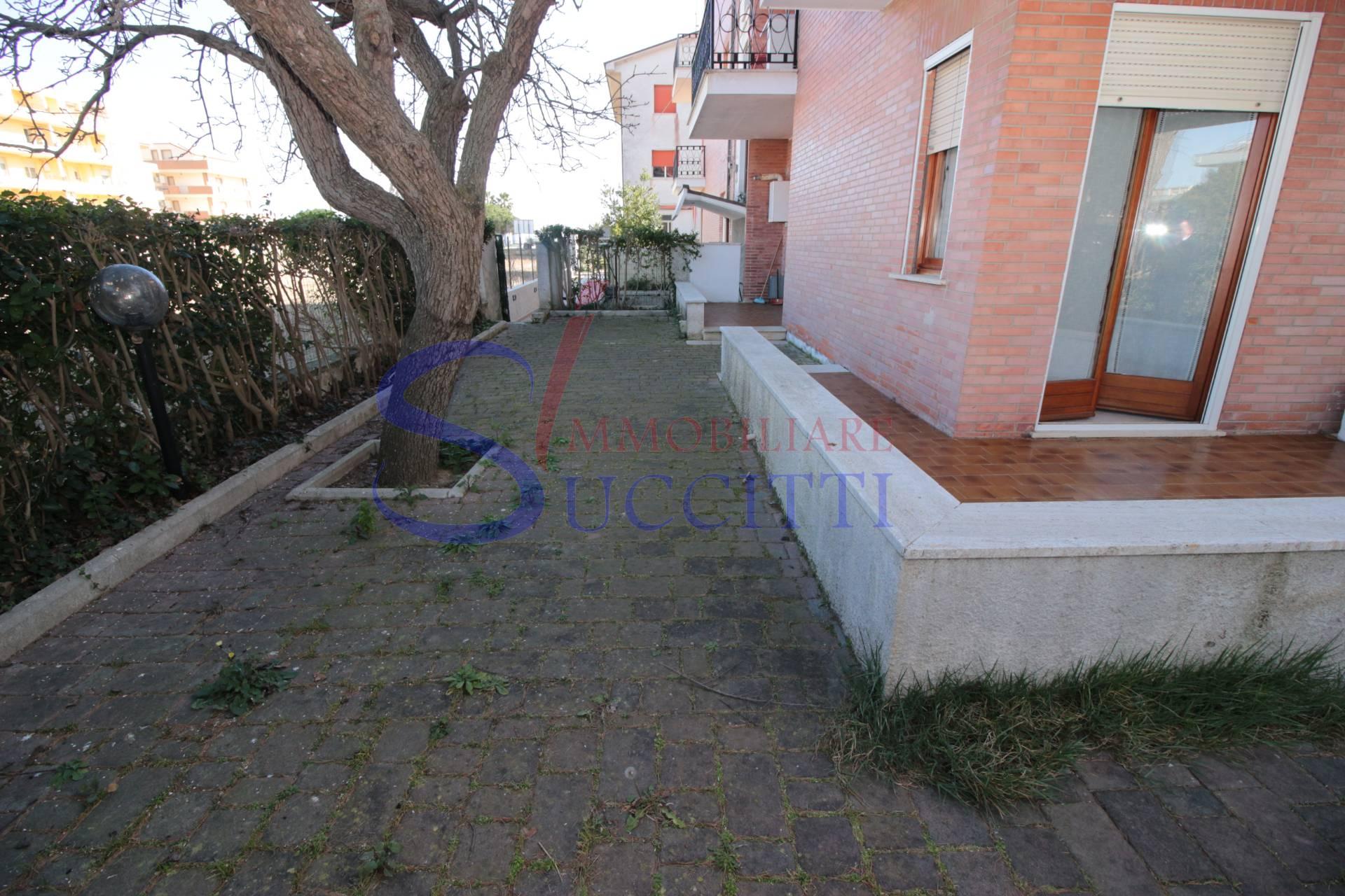 Appartamento in vendita a Alba Adriatica, 3 locali, zona Località: ZonaMare, prezzo € 135.000 | PortaleAgenzieImmobiliari.it