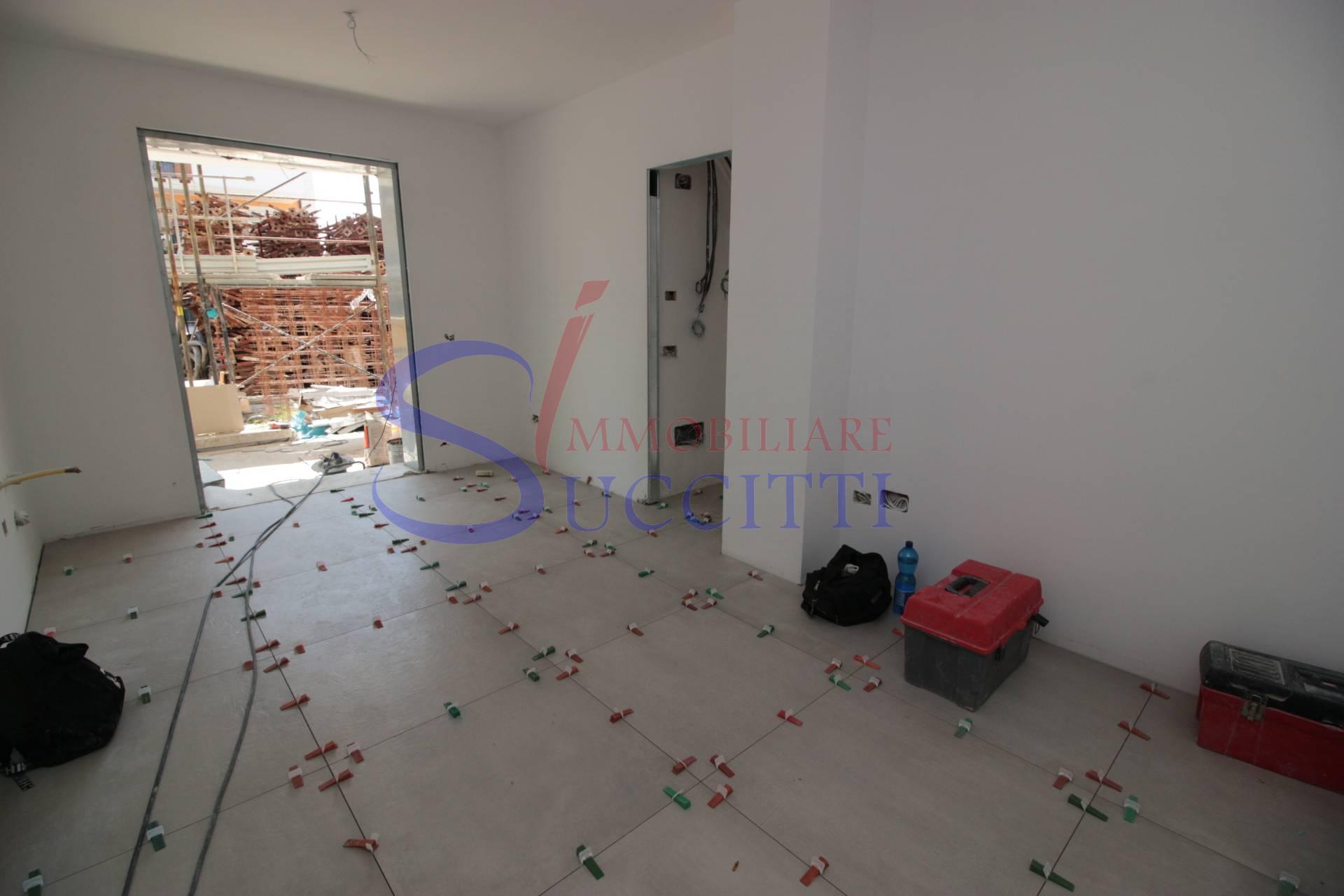 Appartamento in vendita a Tortoreto, 3 locali, zona Località: TortoretoLido, prezzo € 140.000 | PortaleAgenzieImmobiliari.it