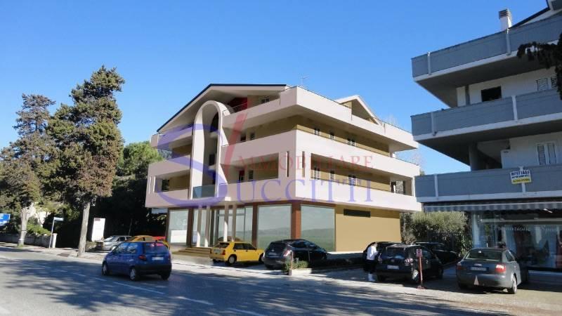Appartamento in vendita a Tortoreto, 3 locali, zona Località: TortoretoLido, prezzo € 145.000 | CambioCasa.it