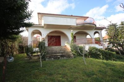 Villa <br/> for Sale