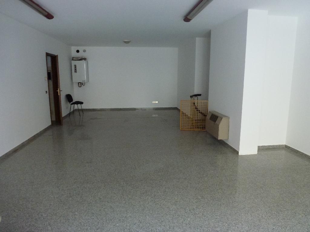 Negozio / Locale in affitto a Gaiarine, 9999 locali, prezzo € 550 | CambioCasa.it
