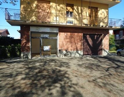 Negozio / Locale in affitto a Sala Bolognese, 9999 locali, zona Località: OsteriaNuova, prezzo € 450 | CambioCasa.it
