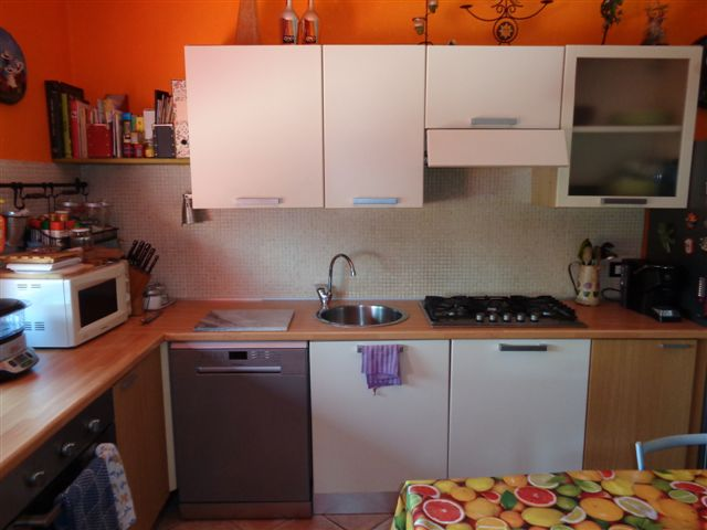 Appartamento in affitto a Cento, 3 locali, zona Zona: Buonacompra, prezzo € 450   CambioCasa.it