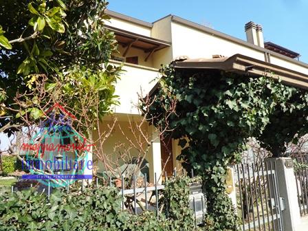 Villa Bifamiliare in Vendita a Sala Bolognese