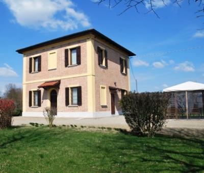 Casa singola in Vendita a Castello d'Argile
