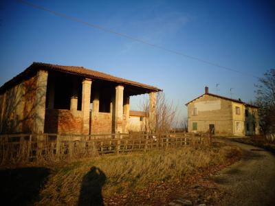 Rustico in Vendita a Castello d'Argile