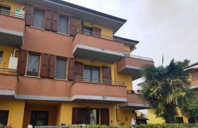 appartamento indipendente in Vendita a Cento